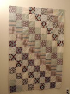 Blue_patchwork_quilt_assembled